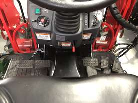 TYM Tractor with 4in1 Front end Loader - 35hp Hydrostatic - picture4' - Click to enlarge