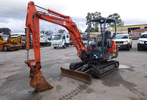 2010 Kubota KX91-3S2 Rubber Tracked Excavator with Push Blade - In Auction