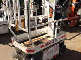 JLG 5.5M Electric Scissor - picture0' - Click to enlarge