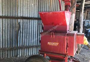 Portable Roller Feed Mill