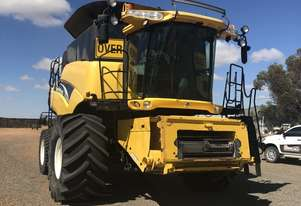 New Holland CR970 Header(Combine) Harvester/Header