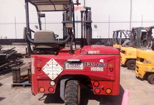 Used Moffett M5 2.5T Truck Mounted All Terrain Forklift