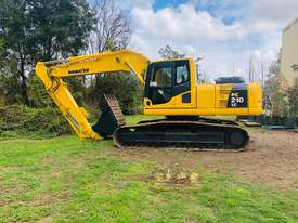 Komatsu PC210 Tracked-Excav Excavator - picture0' - Click to enlarge