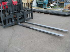 Nissan F03 LPG Forklift - 5m High 4 Ton 4000kg Capacity - picture2' - Click to enlarge