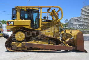 Caterpillar D6T XL Bulldozer SU Blade w Sweeps and Screens DOZCATRT