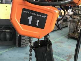 Hitachi Electric Chain Hoist 1 Ton x 6meters 3 Phase 415 Volt Electric Shop Crane - picture1' - Click to enlarge