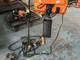 Hitachi Electric Chain Hoist 1 Ton x 6meters 3 Phase 415 Volt Electric Shop Crane - picture9' - Click to enlarge