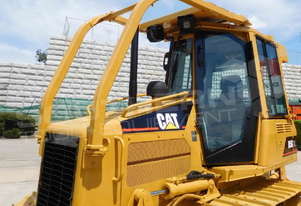 D5G XL Dozers Screens & Sweeps DOZSWP