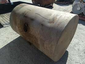 Custom Fuel Tank [damaged] - picture2' - Click to enlarge