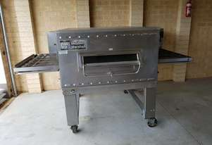 Middleby Marshall PS540G, Pizza conveyor oven, good condition.