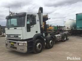 2004 Iveco Eurotech 4500 - picture3' - Click to enlarge