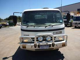 2011 Hino 300C Dual Cab  4x2 Light Truck  - picture8' - Click to enlarge