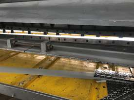 Used CMT 06 x 4000 mm Guillotine - picture3' - Click to enlarge