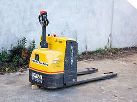 2.0T Battery Electric Pallet Truck - picture2' - Click to enlarge
