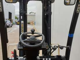 2.0T LPG Counterbalance Forklift  - picture2' - Click to enlarge