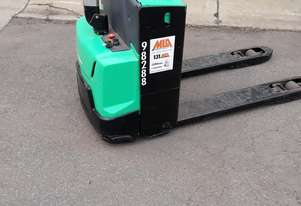 Electric pallet jack available for hire or sale
