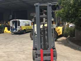 1.8T 3 Wheel Battery Electric Forklift - picture1' - Click to enlarge