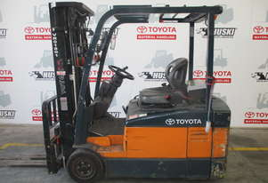 Toyota forklift 7FBE20. Located in Melbourne
