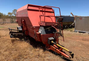 Kuhn 1860 Feed Mixer Hay/Forage Equip