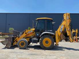 2014 JCB 3CX CLASSIC U3899 - picture0' - Click to enlarge