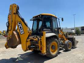 2014 JCB 3CX CLASSIC U3899 - picture3' - Click to enlarge