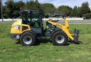 Gehl   AL750 articulated loader