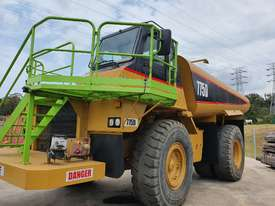 1999 Caterpillar 775D Water Cart  - picture2' - Click to enlarge