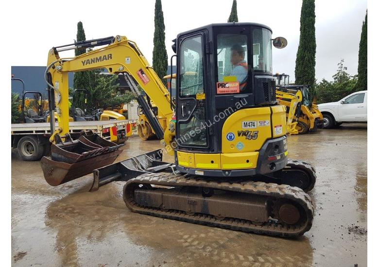 2017 YANMAR VIO45-6 EXCAVATOR WITH LOW 1200 HOURS, CABIN, HITCH AND BUCKETS