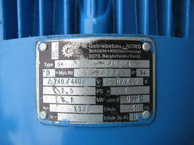 Charles & Huntington Electric Gear Motor 1.1kw 30RPM 46.25 Ratio - picture2' - Click to enlarge