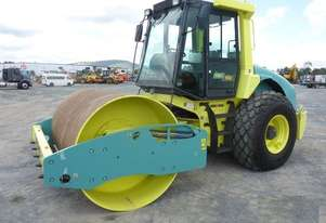 USED AMMANNASC100D 10T SMOOTH DRUM ROLLER WITH FULL CABIN AND LOW 150 HRS