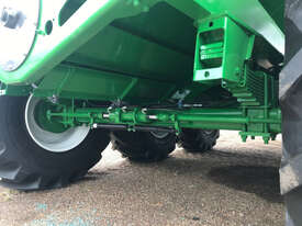 Grain King 41T 50,000 TRI Haul Out / Chaser Bin Harvester/Header - picture2' - Click to enlarge