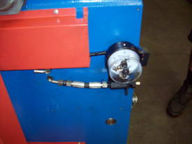 Shawbend 2450mm x 4mm Full Hydraulic Panbrake - picture8' - Click to enlarge