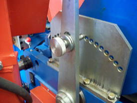 Shawbend 2450mm x 4mm Full Hydraulic Panbrake - picture9' - Click to enlarge
