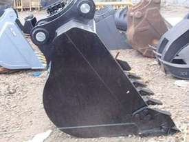 HITACHI EX330GP Bucket-GP Attachments - picture1' - Click to enlarge