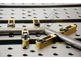 T60645 BuildPro D-Stop Bars 157 x 32 x 25mm 117mm Stroke Length - picture3' - Click to enlarge