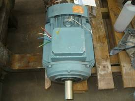ASEA 12HP 3 PHASE ELECTRIC MOTOR/ 1440RPM - picture1' - Click to enlarge