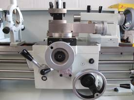 305mm Swing Centre Lathe, 40mm Spindle Bore - picture7' - Click to enlarge
