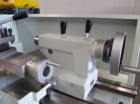 305mm Swing Centre Lathe, 40mm Spindle Bore - picture8' - Click to enlarge