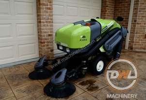 Green Machine 414S2D Sweeper Sweeping/Cleaning