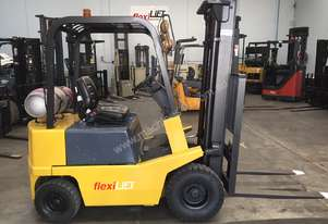 YALE FG15 1.5 Tonne Container Mast Forklift