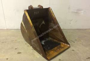530MM BULK SAND BUCKET TO SUIT 4-6T EXCAVATOR D833