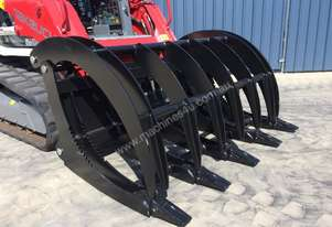 UNUSED ROOT GRAPPLE BUCKET WITH ADAPTOR TEETH TO SUIT SKID STEERS