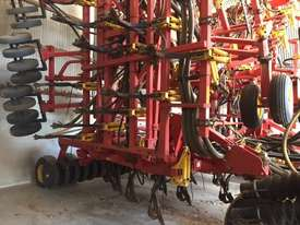 Bourgault 5710 Air Seeder Seeding/Planting Equip - picture0' - Click to enlarge