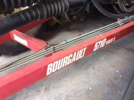 Bourgault 5710 Air Seeder Seeding/Planting Equip - picture3' - Click to enlarge