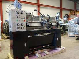 360mm Swing Centre Lathe, 50mm Spindle Bore - picture3' - Click to enlarge
