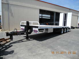 45 ft. TRI AXLE DROP DECK TRAILER  - picture1' - Click to enlarge