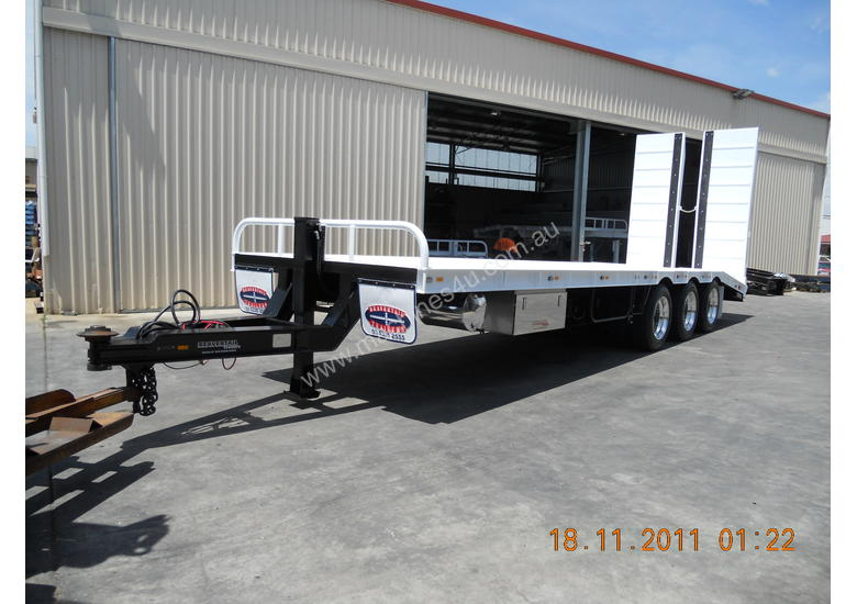 45 ft. TRI AXLE DROP DECK TRAILER