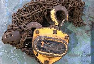 Chain Hoist Block and Tackle 1 ton x 6 mtr Drop PWB Anchor Lifting Crane PWB Anchor