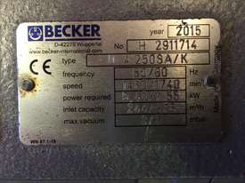 Becker Vacuum Pump - picture4' - Click to enlarge