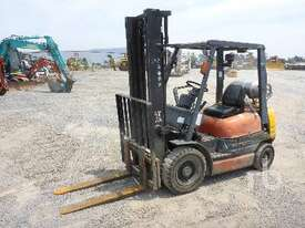 TOYOTA 426FG25 Forklift - picture0' - Click to enlarge